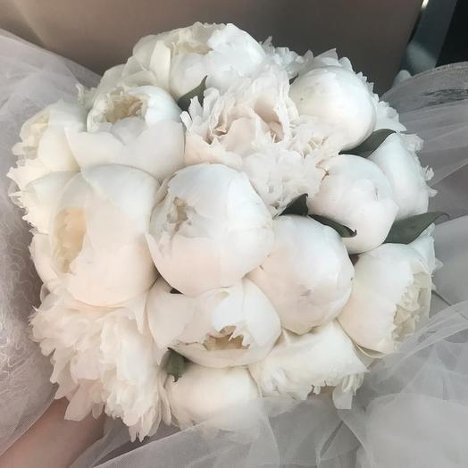 Букет из 21 белого пиона: букеты цветов на заказ Flowwow
