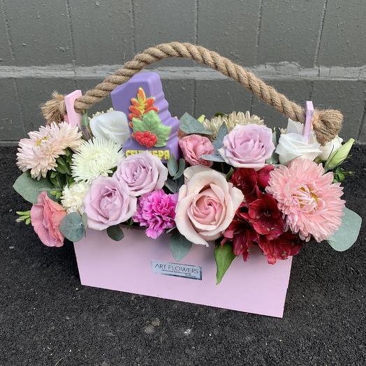 Ящик на 1 сентября: букеты цветов на заказ Flowwow