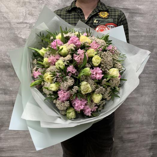 Букет с тюльпанами и гиацинтами: букеты цветов на заказ Flowwow