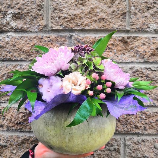 Композиция в тыкве: букеты цветов на заказ Flowwow