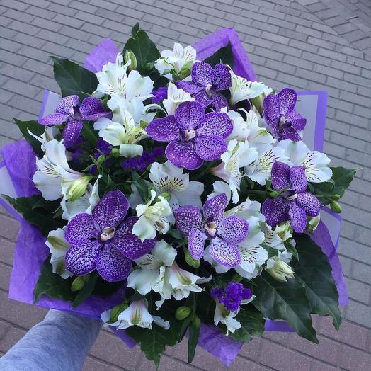 Букет с орхидеями Ванда