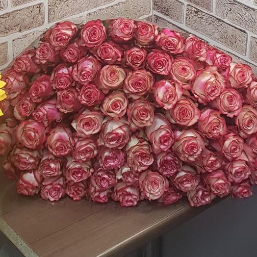 Букет роз ПРЕМИУМ 51
