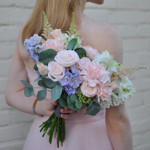 Букет невесты с пионовидной розой в нежной гамме