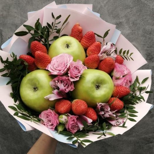Букет с яблоками