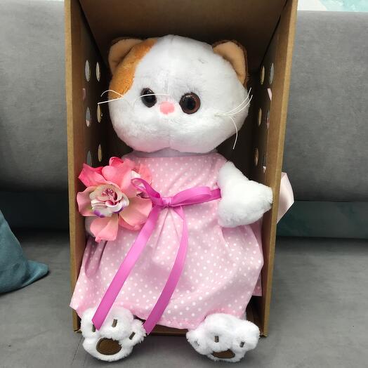 Basa Ли-ли в розовом платье