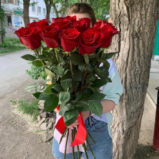 Букет из 15 роз «Эксплорер» 70 см
