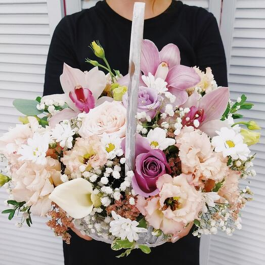 "Корзина с цветами ""Для любимой !"""