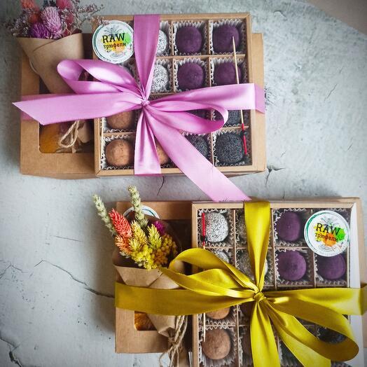Подарочный набор с натуральными сладостями