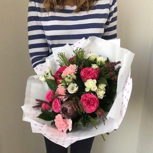 Букет с протеей: букеты цветов на заказ Flowwow