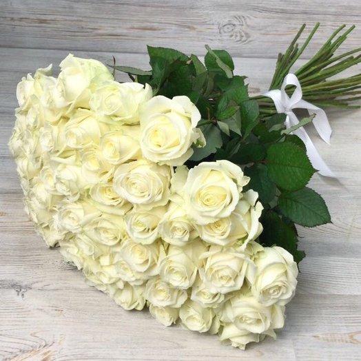 Розы. Букет из 51 белой розы.60 см. N5: букеты цветов на заказ Flowwow
