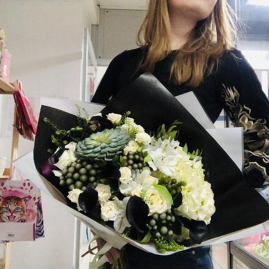 «Амфора»: букеты цветов на заказ Flowwow