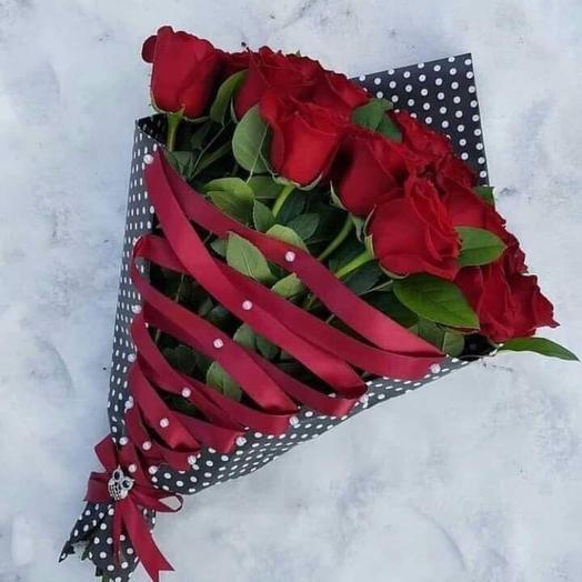 Роза в корсете