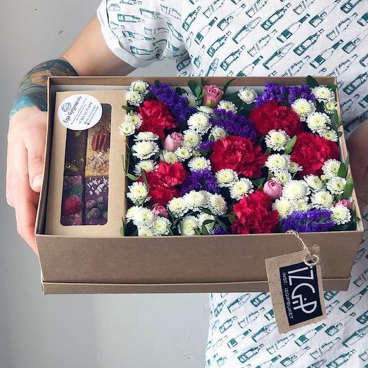 Box 11 Средний 1: букеты цветов на заказ Flowwow