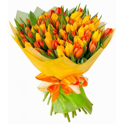Сочный букет тюльпанов: букеты цветов на заказ Flowwow