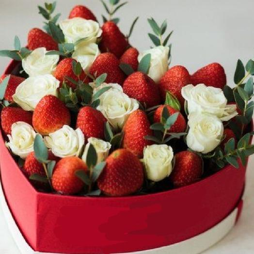 """Букет """"Вкусное сердце """": букеты цветов на заказ Flowwow"""