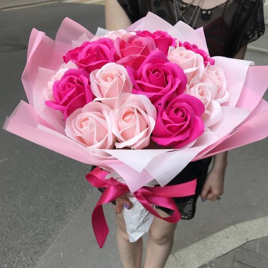 Букет из мыльных роз по супер цене: букеты цветов на заказ Flowwow