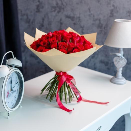 51 красных роз с премиум доставкой: букеты цветов на заказ Flowwow