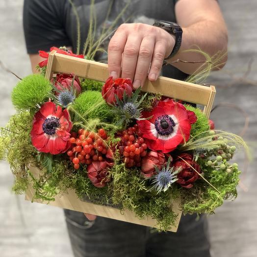 Яркая композиция с лесным намеком: букеты цветов на заказ Flowwow