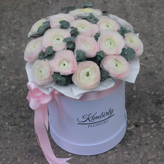 17 лютиков в коробке: букеты цветов на заказ Flowwow