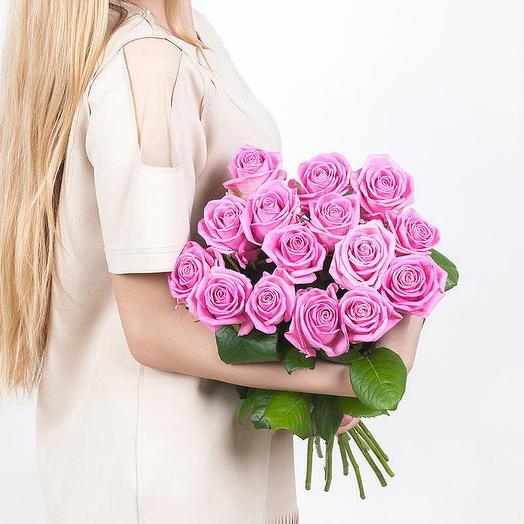 Роза  Аква 60 см в крафте 15 шт