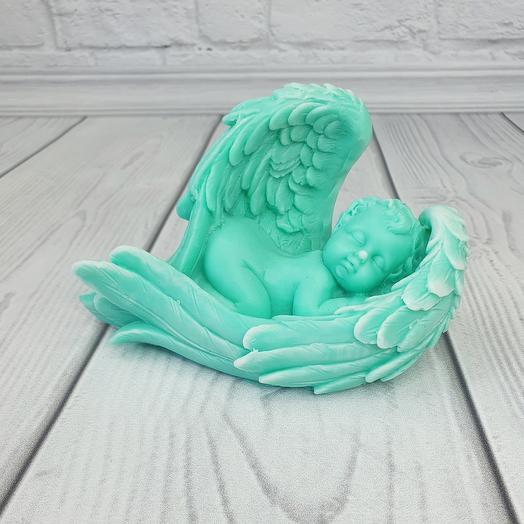 Мыло ручной работы - Малыш в крыльях большой ( Тиффани)