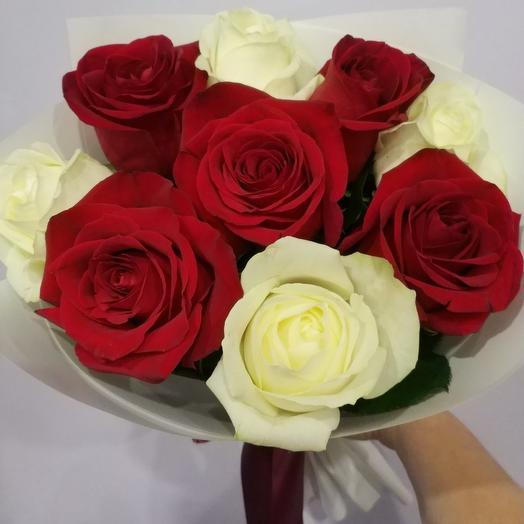 Роза красная и белая