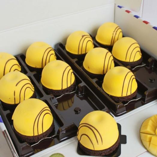 Пирожное манго - маракуйя