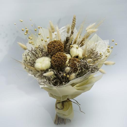 Кремовый букет из сухоцветов