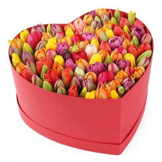 101 тюльпан в коробочке