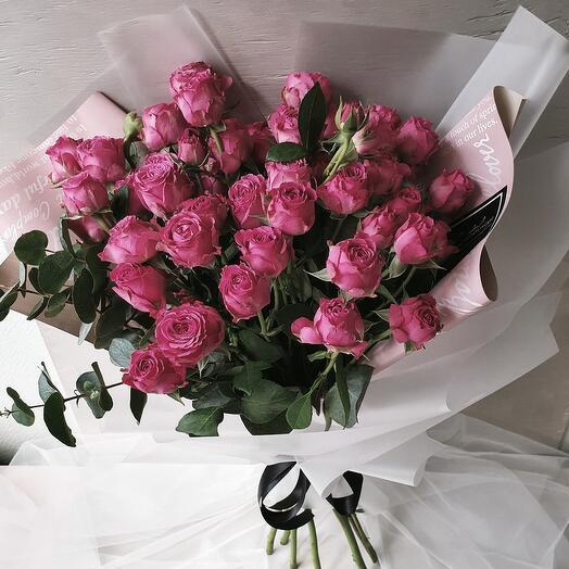 """Букет из кустовых роз и эвкалипта """"Lady"""""""