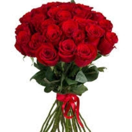 19 бордовых роз