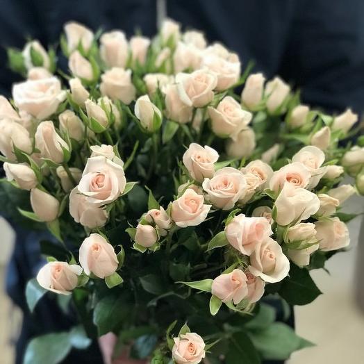 Букет из 15 белых кустовых роз 70 см: букеты цветов на заказ Flowwow