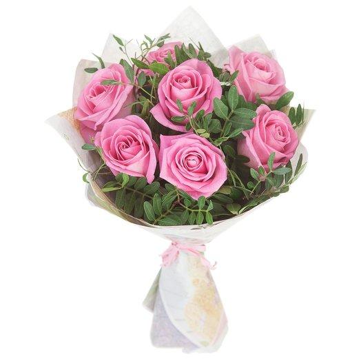 Букет из розовых роз с зеленью: букеты цветов на заказ Flowwow