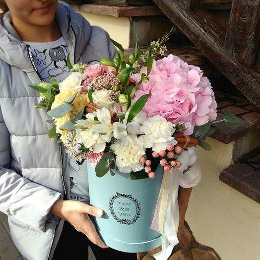 Бокс голубой макси: букеты цветов на заказ Flowwow