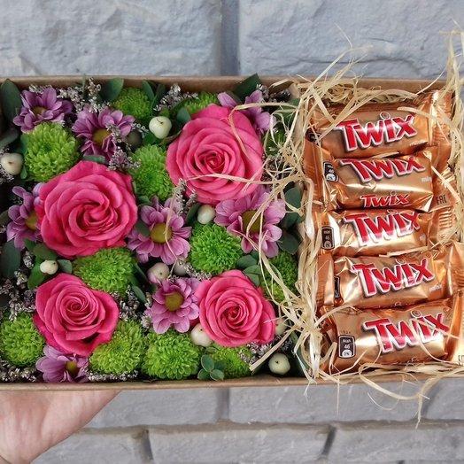 """Коробка """"Цветочный микс и Твикс"""". Код 180120"""