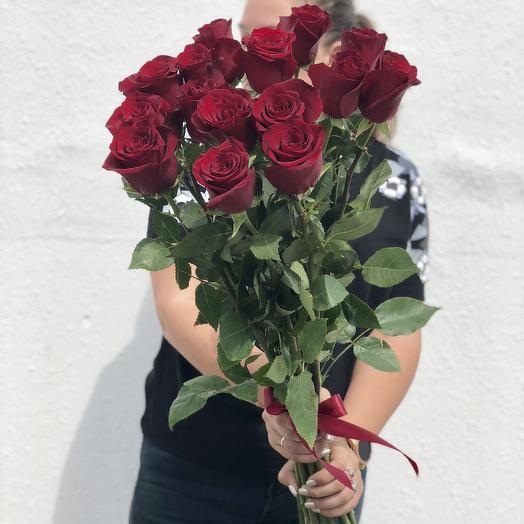 Огненный красный: букеты цветов на заказ Flowwow