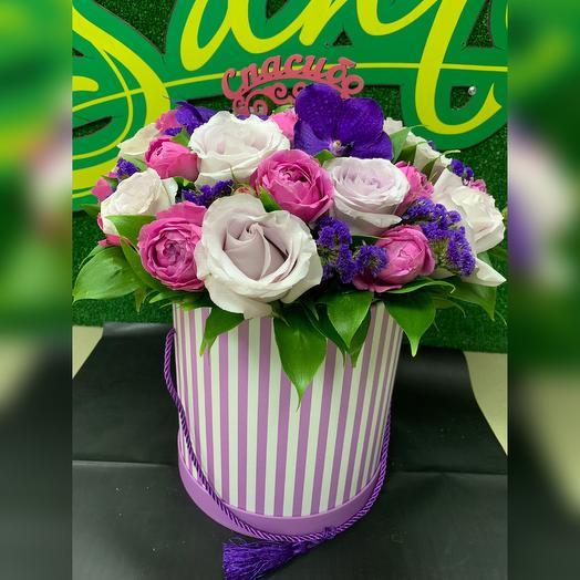 Большая коробка цветов: букеты цветов на заказ Flowwow