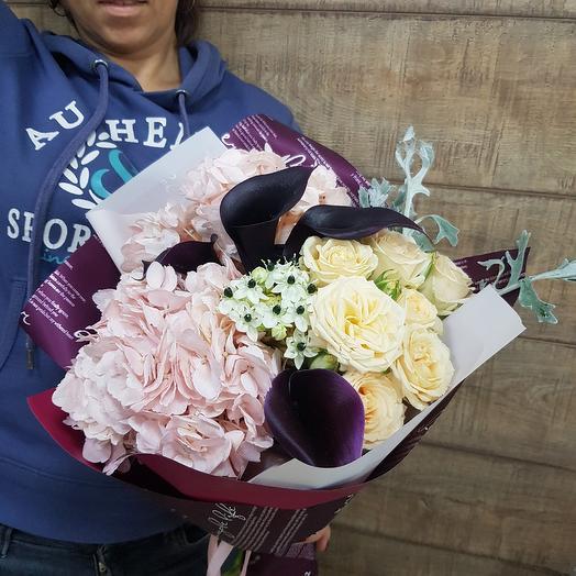 Стильно и лаконично: букеты цветов на заказ Flowwow