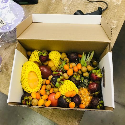 Коробка экзотических фруктов. «Вечер в Тайланде»