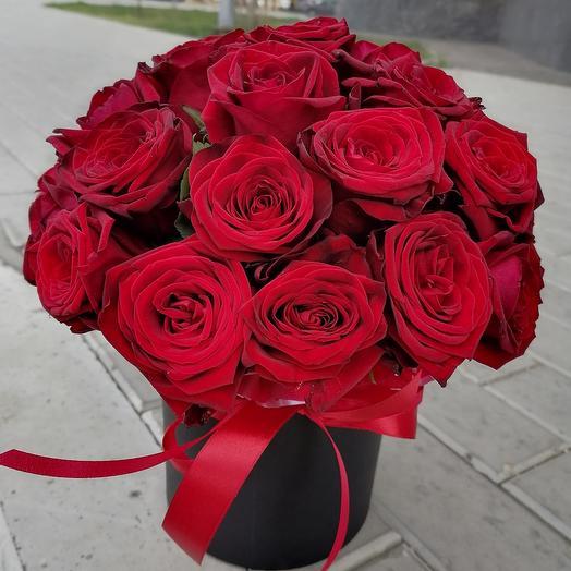 25 роза в коробке