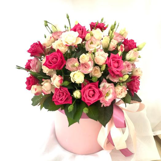 Цветы в коробке «Жизнь прекрасна»