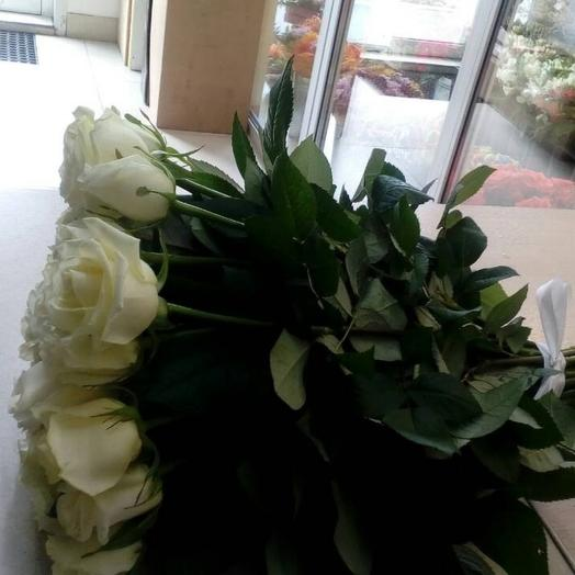 Букет 17 роз в ленте