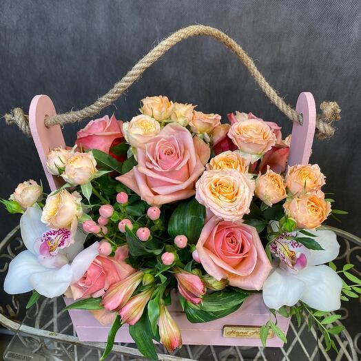 Ящик из цветов