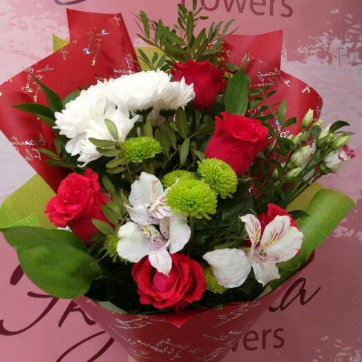 Букет сборный с розами
