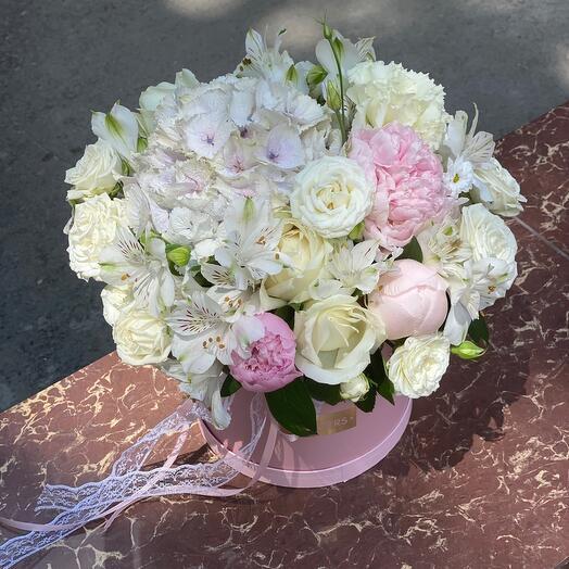 Цветы в коробке Очарование