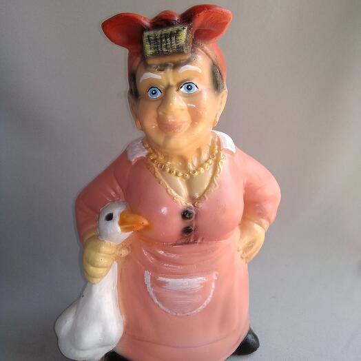 Фигура из полистоун, Бабка с гусем