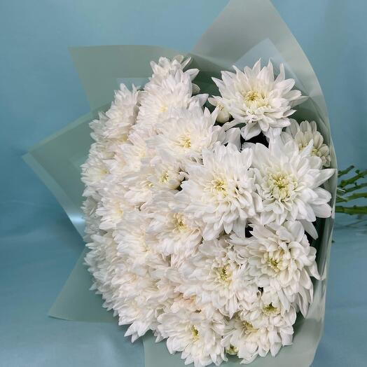 """Букет из 9 белых кустовых хризантем сорта """"Балтика"""""""