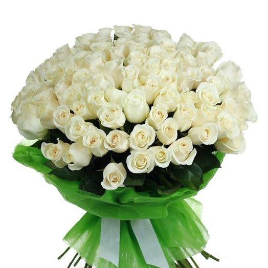 Букет из 101 белой розы: букеты цветов на заказ Flowwow