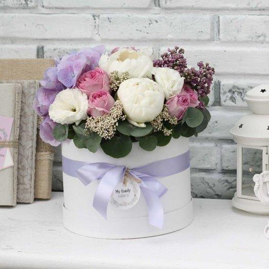 Цветы в коробке М (20 см) 0560