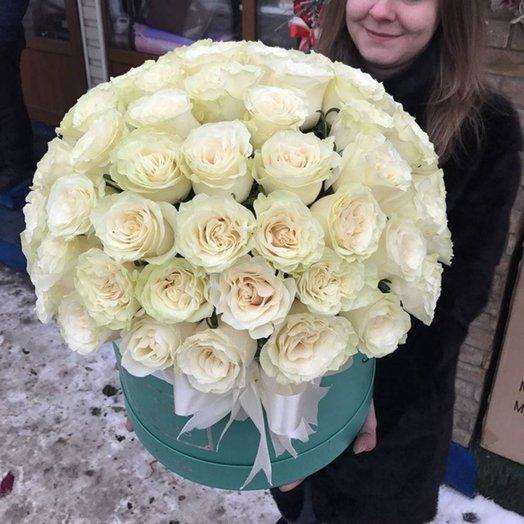 Шикарная Коробка роз Мондиал: букеты цветов на заказ Flowwow